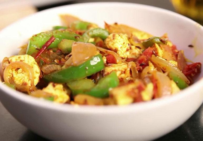 Veg Recipe: Paneer & Capsicum Bhaji
