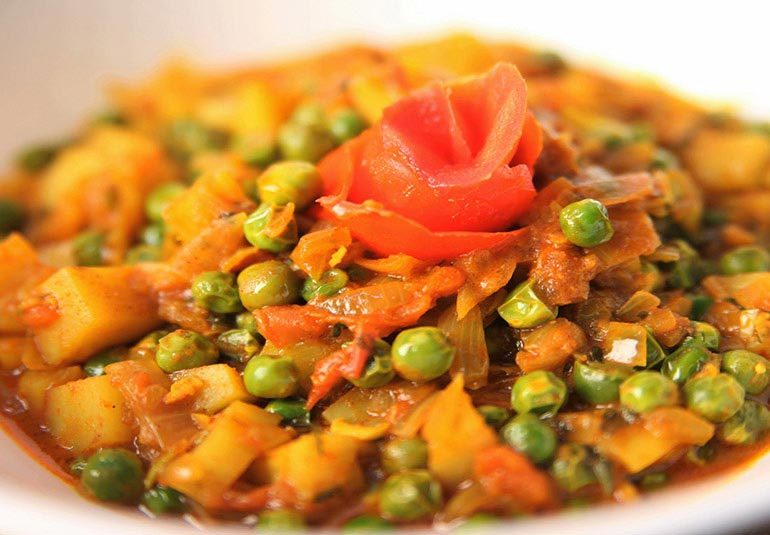 Homely Green Peas Curry