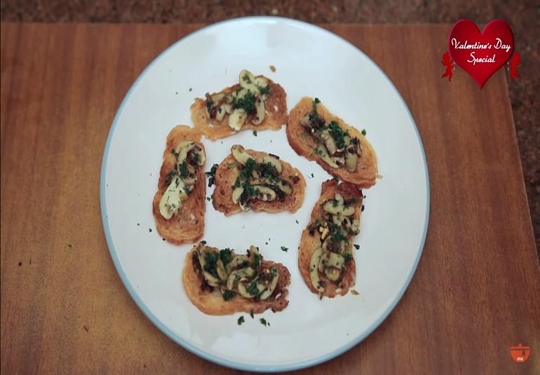 Mushroom Melba Toast