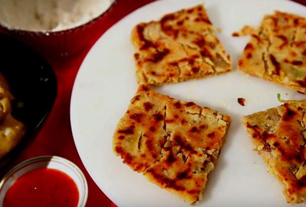 Indian Missi Roti Recipe