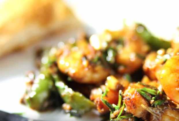 Prawns In Garlic Sauce By Archana
