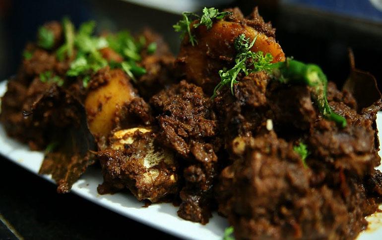 Bengali Kitchen: Kosha Mangsho (Bengali Mutton)