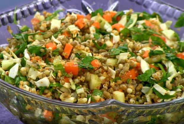 How to Make Matki Cha Salad