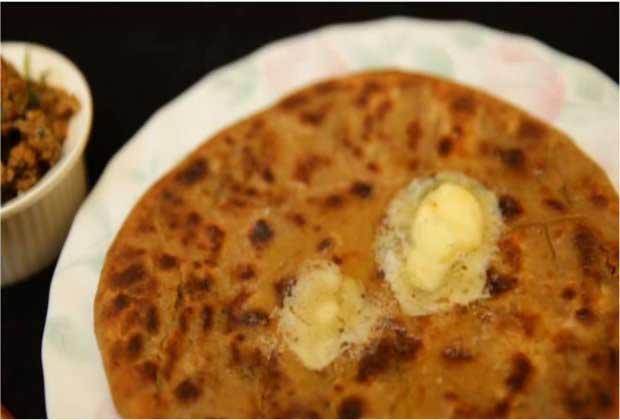 Recipe: Crispy Kheema Parathas for Your Lunchbox