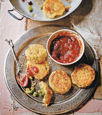 Recipe: Crispy And Golden Aloo Tikkis