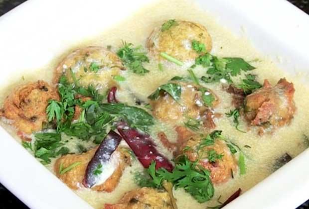 Recipe: Make Kadhi Pakoda The Gujarati Way