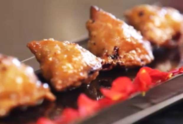 Recipe: Kheerer Shingara or Sweet Samosas