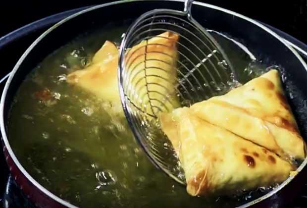 Videos: Crispy Tea-Time Samosas