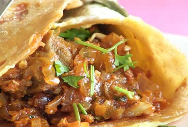 Recipe: Mutton Frankie For Your Weekday Lunch