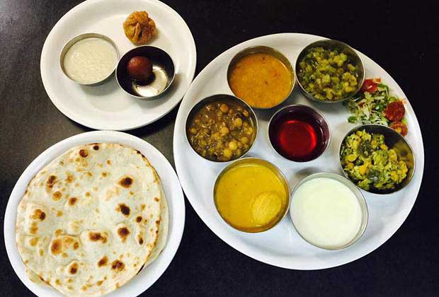 A Vegetarian's Guide To Eating Breakfast In Goa