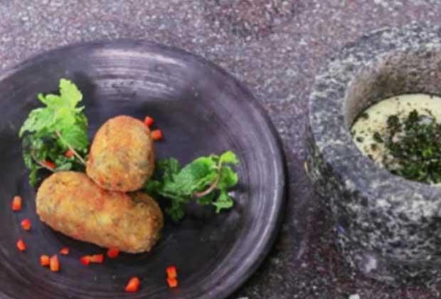 Tea-Time Snack: Healthy Broccoli Croquettes