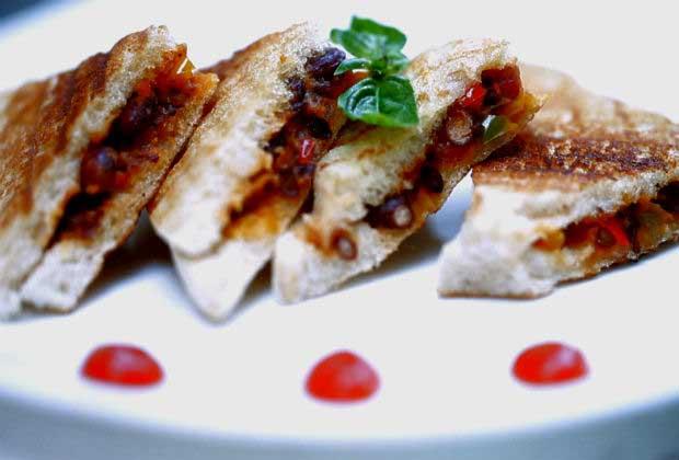 Fusion Food: Mexican Rajma Sandwich