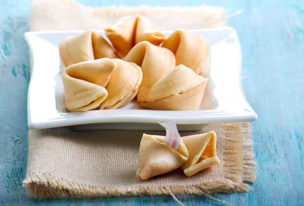 DIY Food: How To Make Fortune Cookies