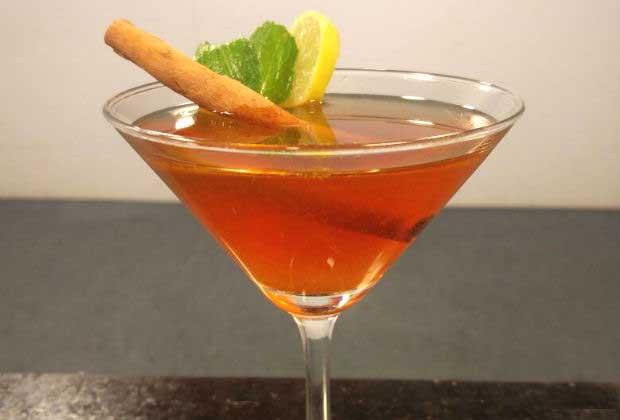 Thanksgiving Special Recipe: Turmeric Infused Desi Iced Tea Mocktail