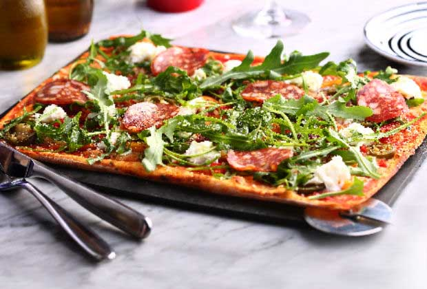 Mumbai Joints That Serve Pizza For Every Pocket