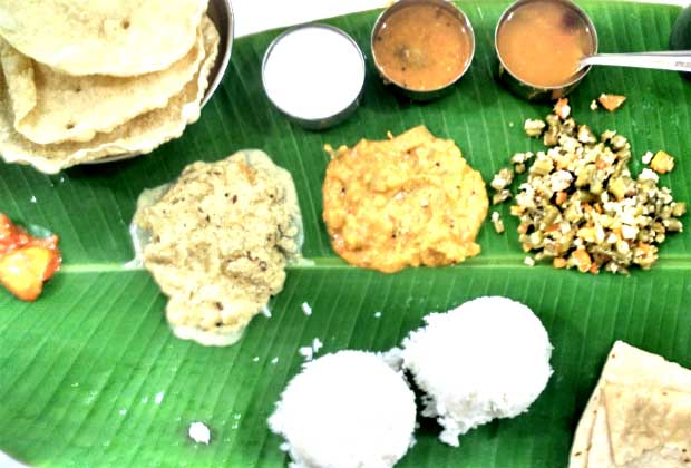 Being At Home: Mani's Lunch Home, Chembur