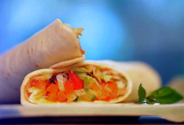 Healthy & Quick Homemade Vegetable Wrap