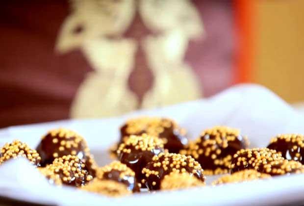 How To Make Date Chocolates