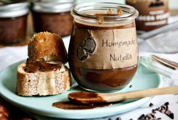 DIY Food: Quick & Easy Homemade Nutella