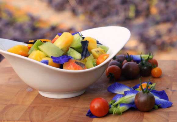 Detox Organic Heirloom Tomato Salad