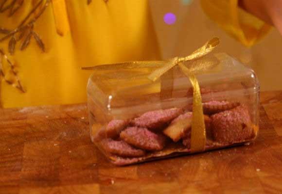 Lohri Special: Shakkarpara (Water Chestnut Flour Cookies)