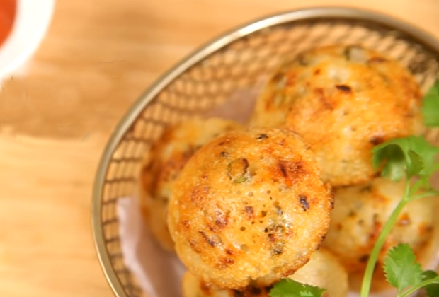 How To Make Vegetable Paniyarams For Your New Year House Party