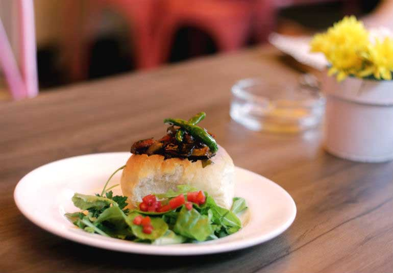 Go Sunday Brunchin With A Desi Delicious Table By Maria Goretti!