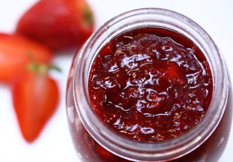 No-Preservative Strawberry Jam