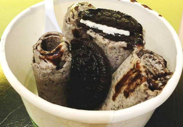 DIY Food: Oreo Ice-Cream Rolls