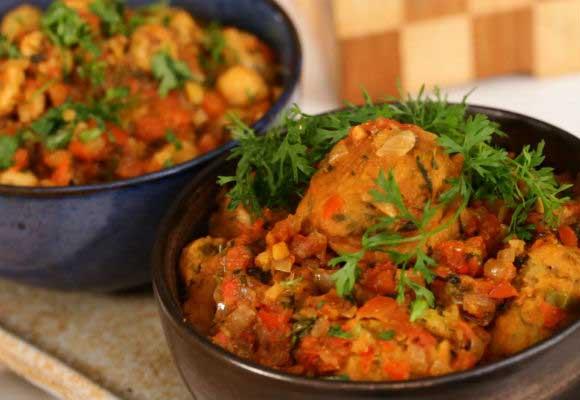 Pakora & Makhana Bhaaji From A Sindhi Kitchen
