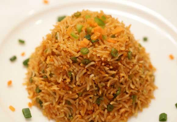 Schezwan Fried Rice (Hindi)