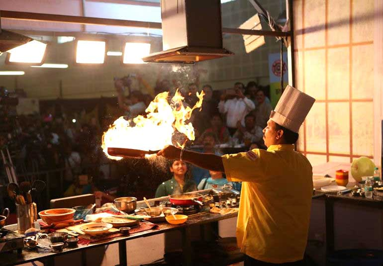 World Record In Food: Chef Vishnu Manohar Cooks For 52 Hours Non-Stop