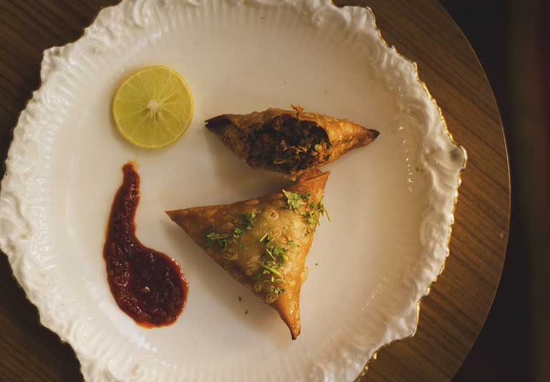 Get Your Regional Food Fix With These Online Food Delivery Services In Mumbai