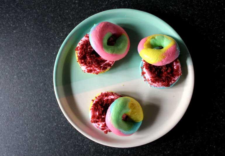 DIY Food: Rainbow Bagels