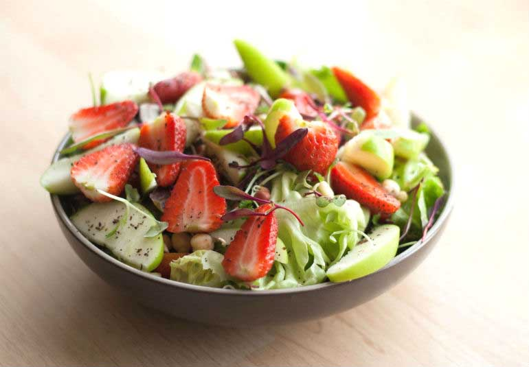 10 Salads To Add Some Crunch To Your Summer Diet