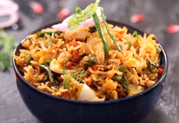 Egg Pulao With A Chinese Twist