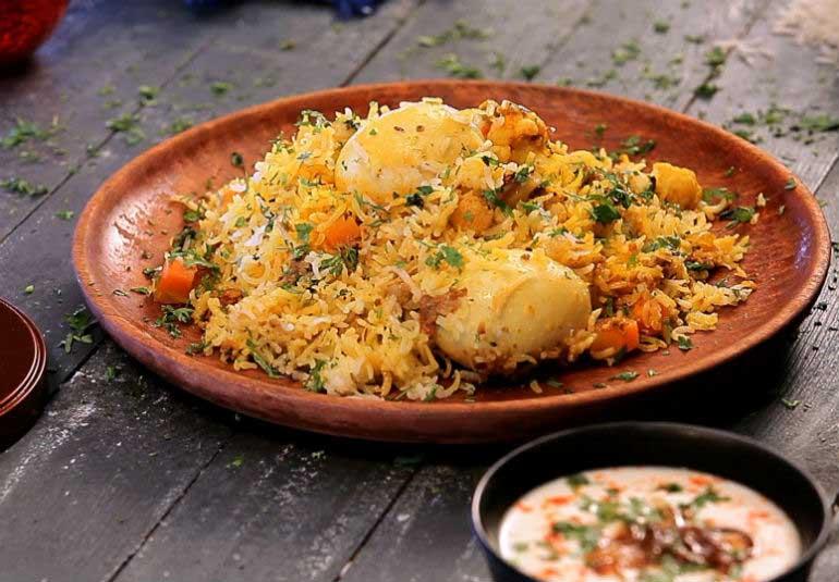 Keema Egg Ghotala Biryani