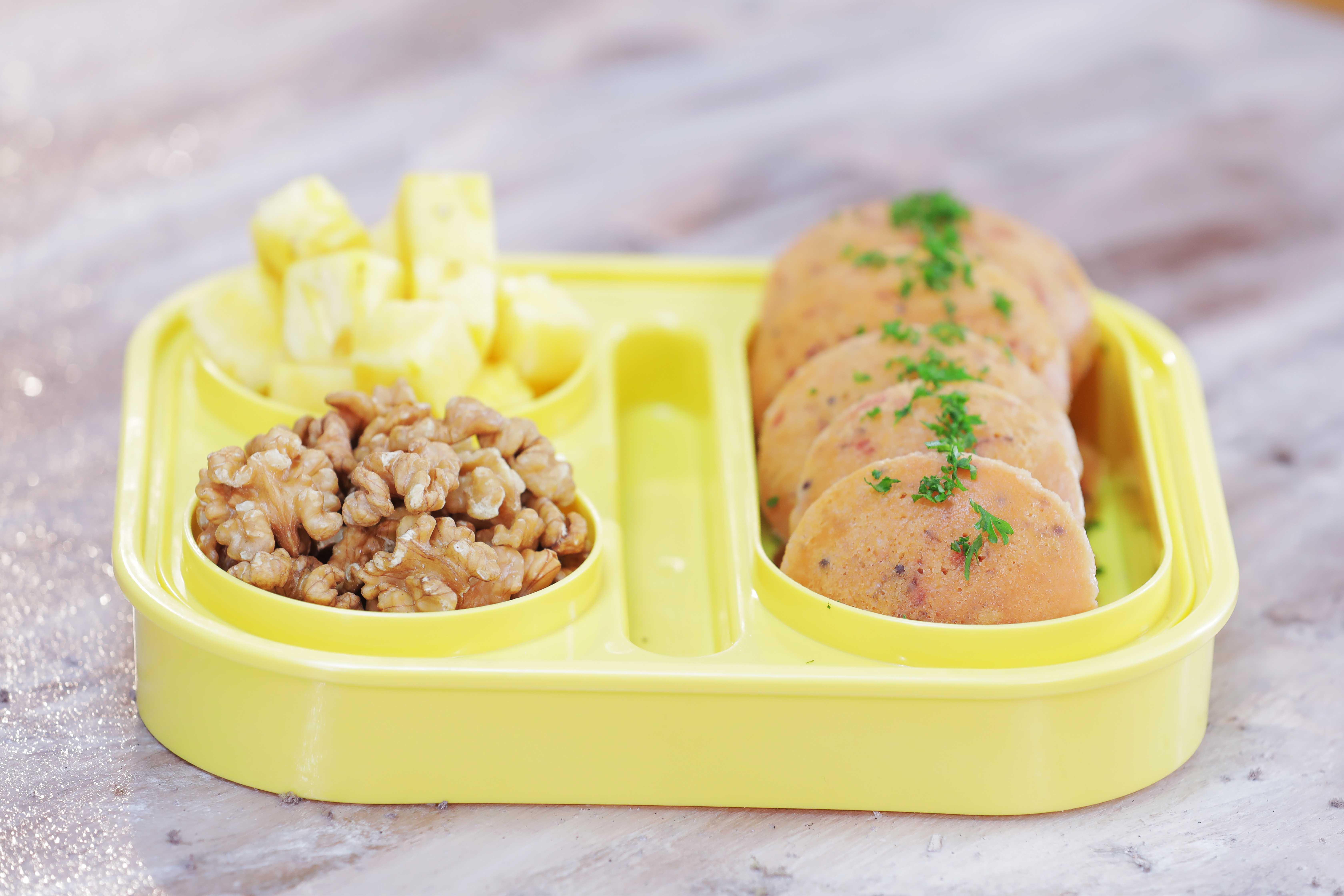 Kissan Tiffin Timetable: Beetroot Oats Idli Recipe