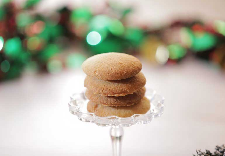 Eggless Nankhatai Biscuits - Easy & Quick Christmas Cookies