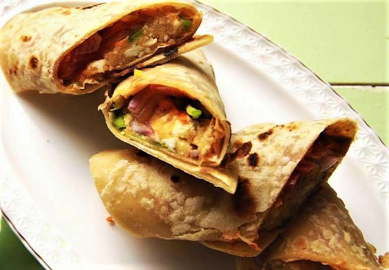Paneer Frankie Recipe in Sindhi: Tasty Veg Kathi Rolls