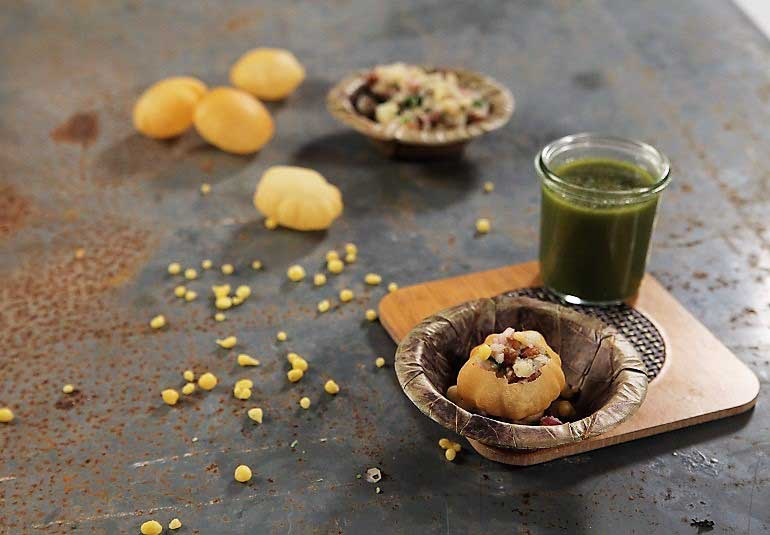 Pani Puri Recipe in Hindi: Golgappa or Puchka Recipe