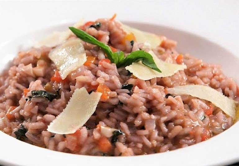 Tomato Basil Risotto Recipe in Marathi - Italian Rice Recipe