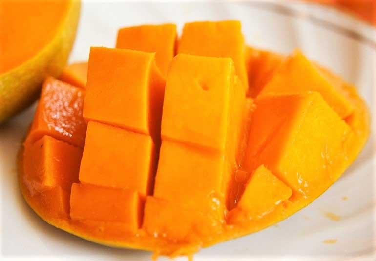 5 Mango Desserts to Beat The Monday Blues