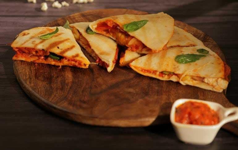 How To Make Hawaiian Pizza Quesadilla