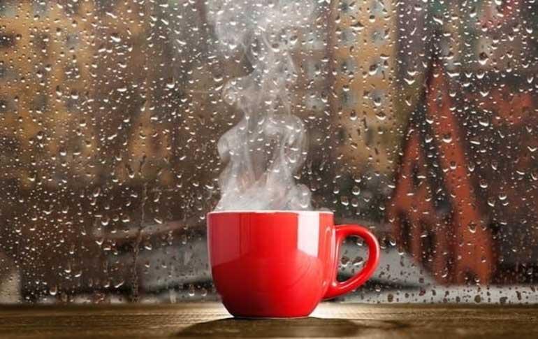 Bhajiyas, chai and goodbye to the rains