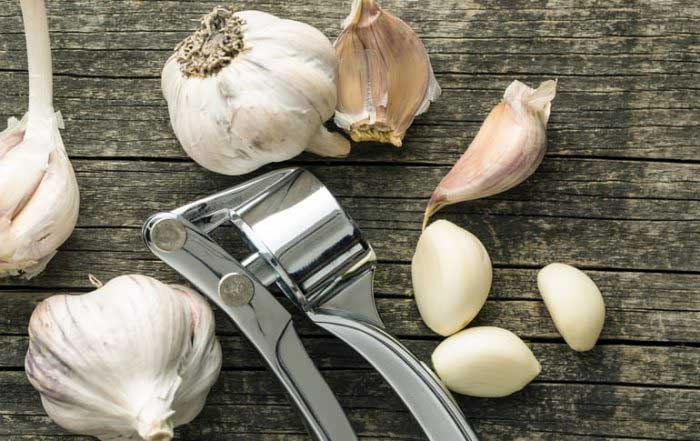 Garlic is essential for a healthy heart