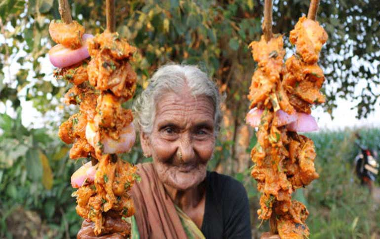 Indias YouTube sensation Mastanamma of Country Foods passed away at 107