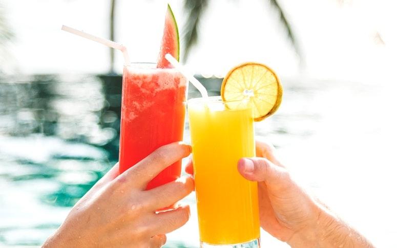 8 Refreshing Summer Drinks To Beat The Heat During Lockdown