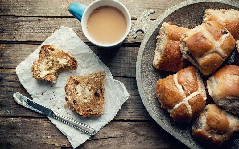Hot Cross Buns In The Oven Are Raisin The Bar This Easter