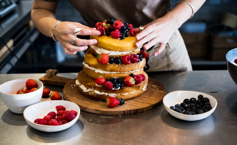 Here are 2020's most popular cake trends